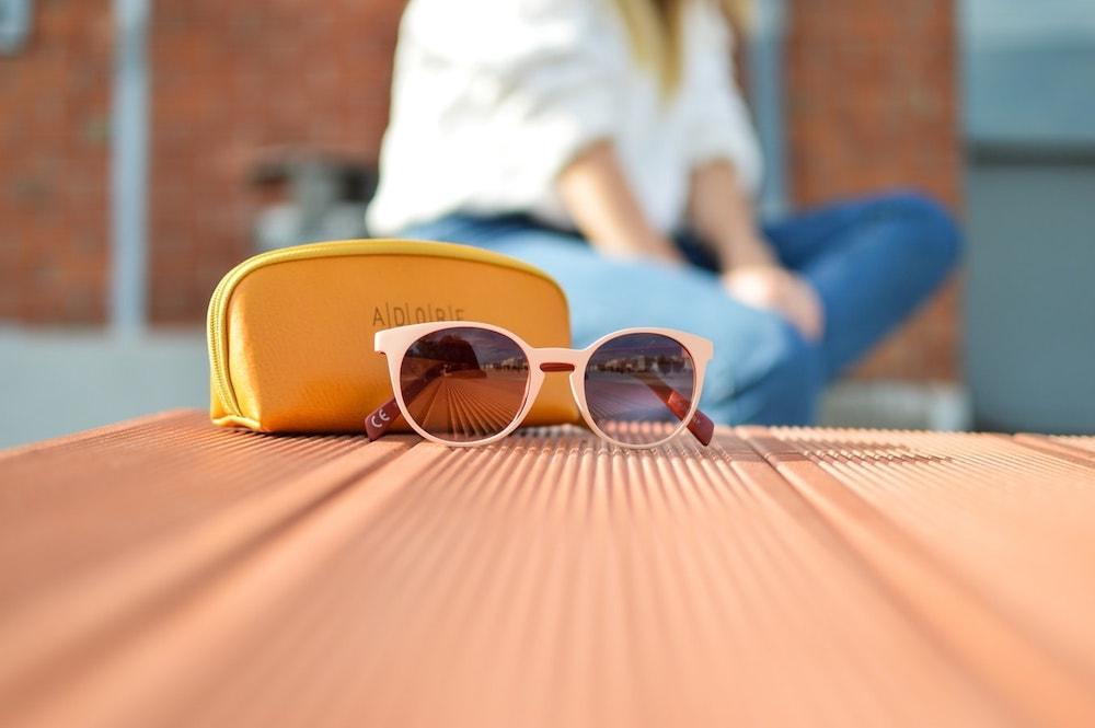 Viaggiare leggeri custodia occhiali
